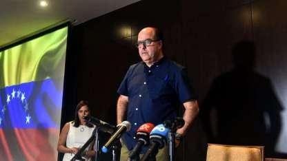 Julio Borges, ex líder del Parlamento y férreo opositor a Maduro, en campaña en Panamá.