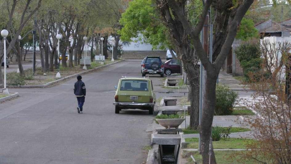 La pelota en el patio: el nuevo cuento del tío para asaltar ancianos en Las Heras