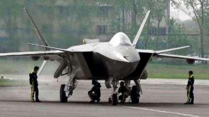 China sacó a relucir fotos de su nuevo armamento y sus sofisticados aviones.