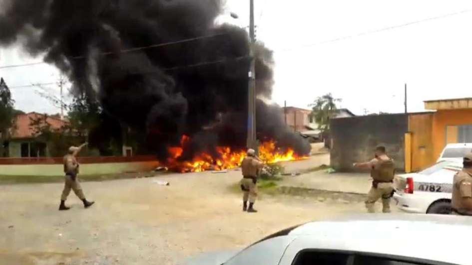 Delincuentes roban helicóptero para rescatar a un preso