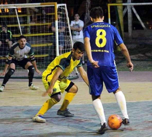 Empieza el mejor campeonato de Futsal del país a4dafbda0c383