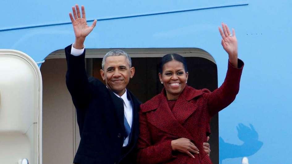 Barack Obama y su esposa Michelle negocian producción para Netflix