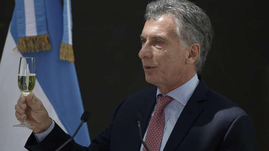 Macri viaja a Chile para la asunción de Piñera