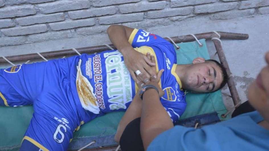 Se suspendió Andes Talleres-Boca de Bermejo por disturbios y hay jugadores heridos