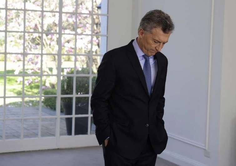 El Gobierno recibe a los jefes de la Unión Industrial Argentina