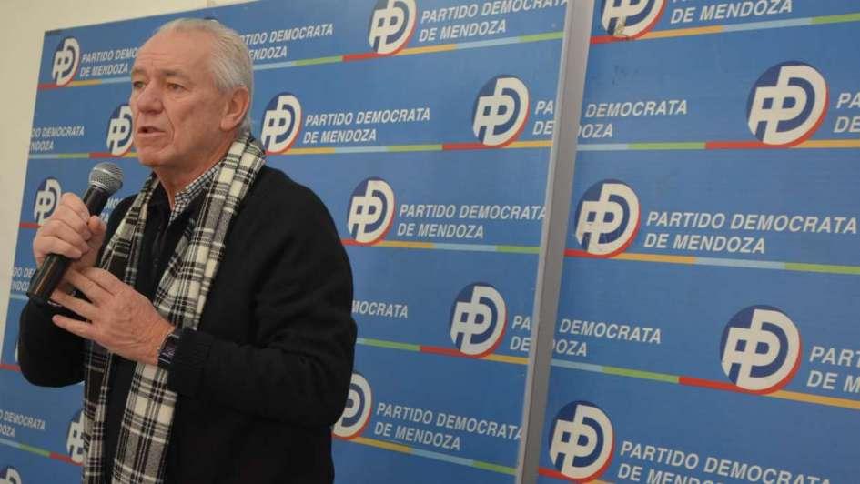 Interna demócrata: faltan diálogo y concertación de políticas - Por Carlos Balter