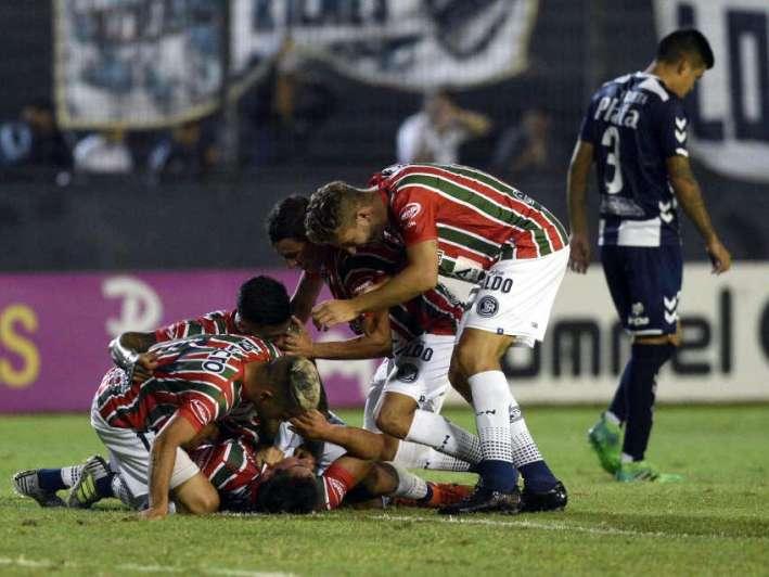 La Lepra brindó en Quilmes
