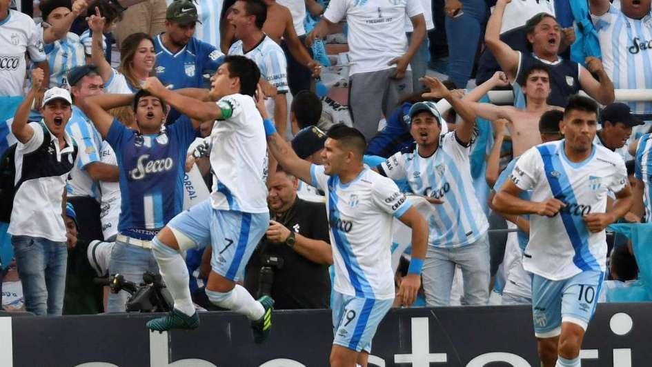 Atlético Tucumán recibe a Libertad de Paraguay en su debut copero