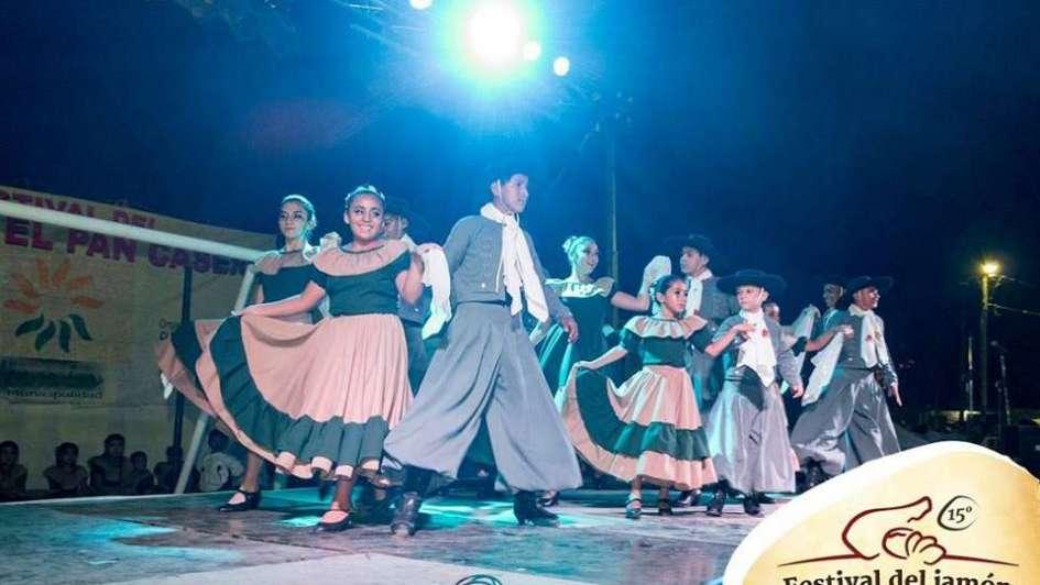 Se viene una nueva edición del Festival del Jamón y el Pan Casero en Junín