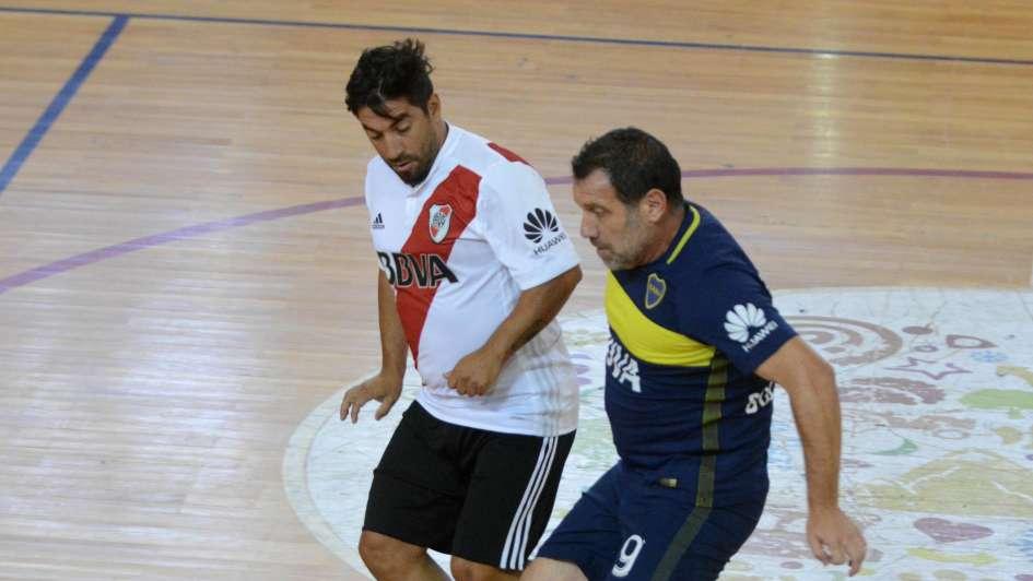 Fue empate en la previa de la Supercopa Argentina entre los equipos senior de River y Boca