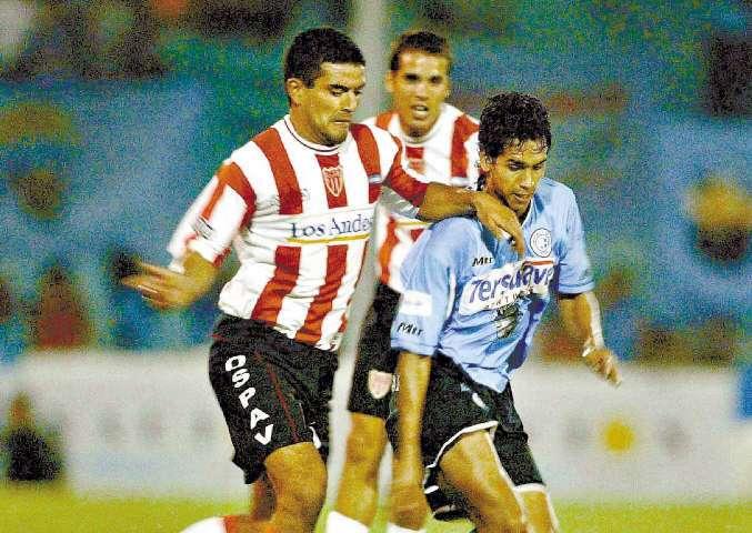 Un día como hoy de 2003: El León suma en Córdoba y está tercero