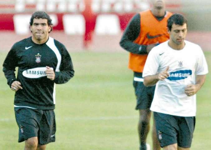 Un día como hoy de 2008: Tevez y 'Masche' declaran por lavado de dinero