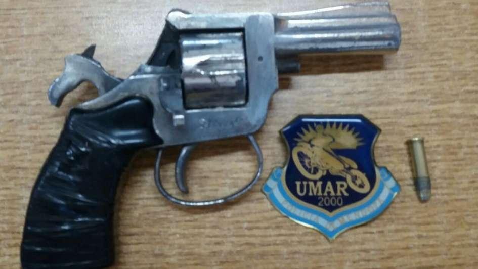 Secuestraron dos armas de fuego y una réplica en Las Heras y en Guaymallén