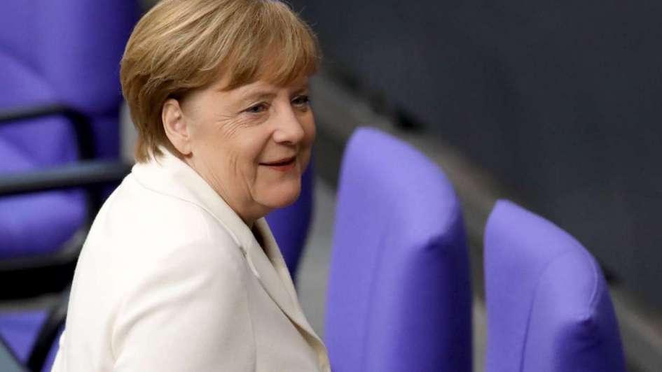 Superpoderosa: Merkel fue investida canciller de Alemania por cuarta vez consecutiva