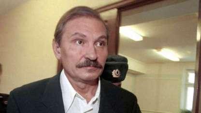 Nikolai Glushkov, al ser juzgado por lavado de dinero en Moscú en 2000.