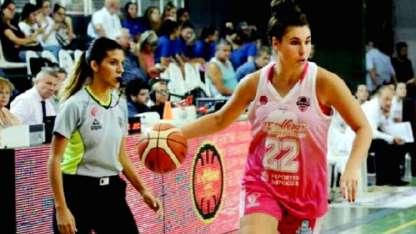 Natacha Pérez es clave para el representativo mendocino.