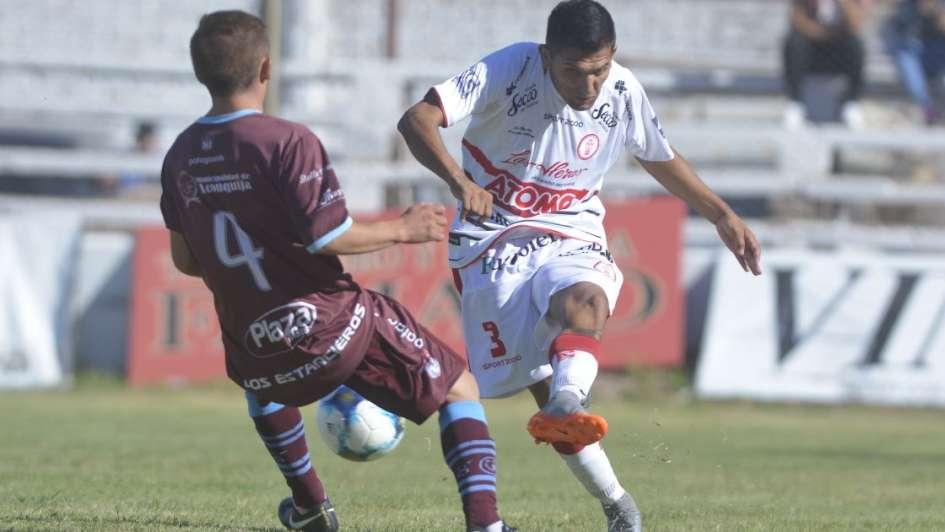 Huracán goleó a Unión Aconquija y se aseguró el pase a la siguiente fase