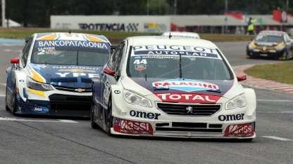 Bernardo Llaver busca succionarse al Peugeot de Werner. El mendocino quiere ser tercero.