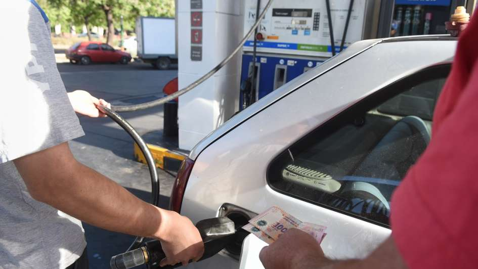 ¿Se viene un nuevo aumento de los combustibles?