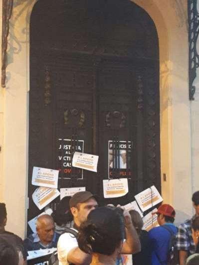 Próvolo: la marcha por justicia terminó con un enérgico reclamo en el Arzobispado