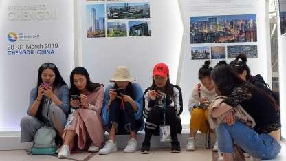 Jóvenes chinos están en Mendoza para promocionar la próxima cumbre del BID en 2019.