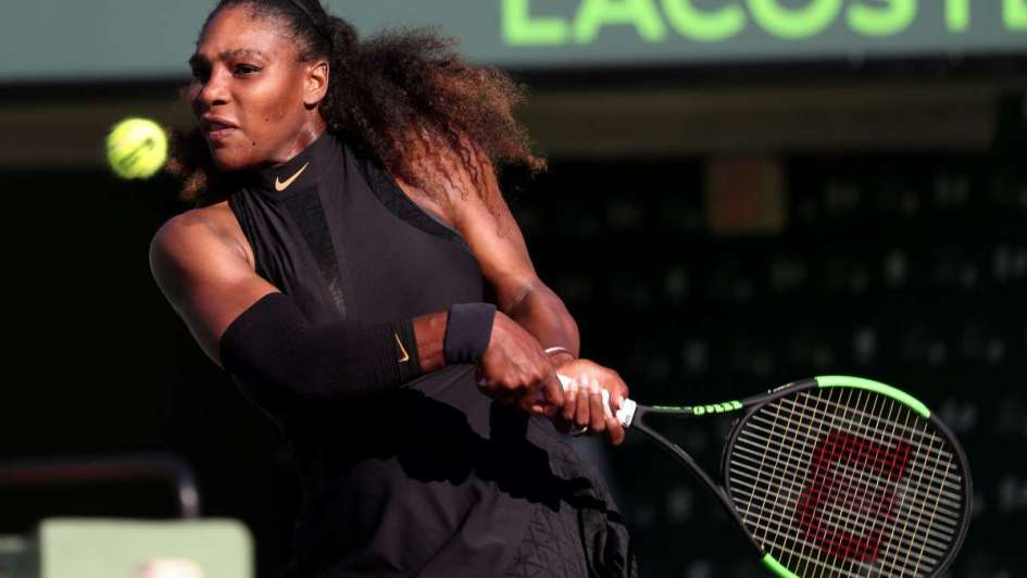 Serena Williams cae en 1ra ronda de Miami ante Osaka