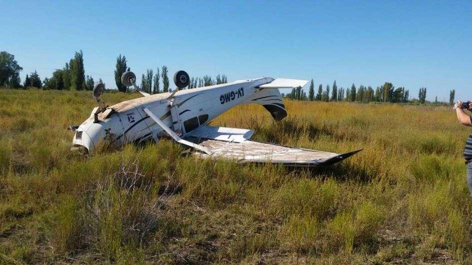 Un avión del Iscamen cayó en una finca de San Rafael