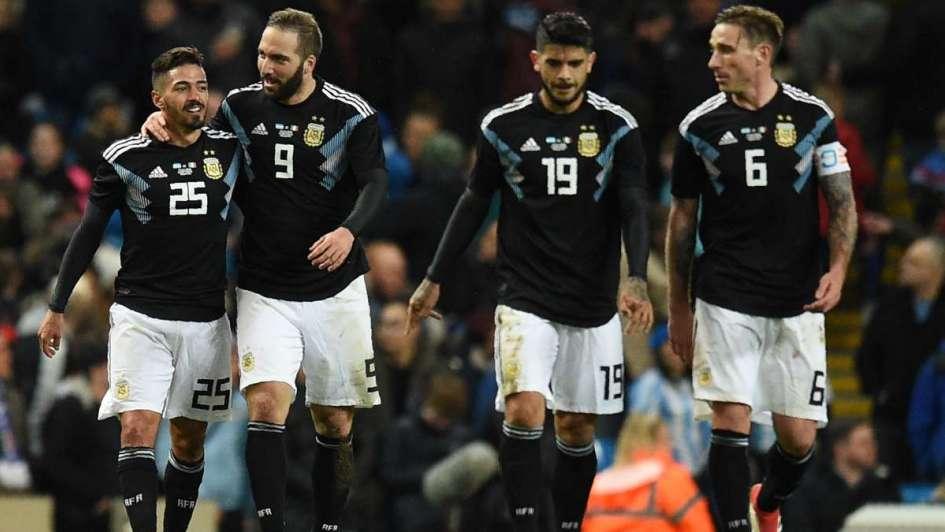 Sin Messi, Argentina venció a Italia y dejó una buena imagen