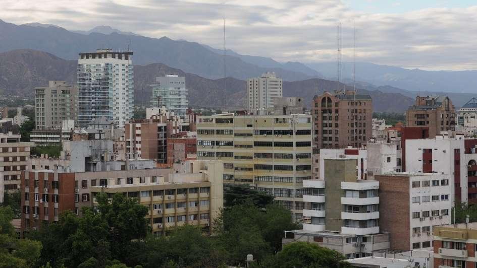 El otoño llegó para quedarse: así estará el tiempo este domingo en Mendoza