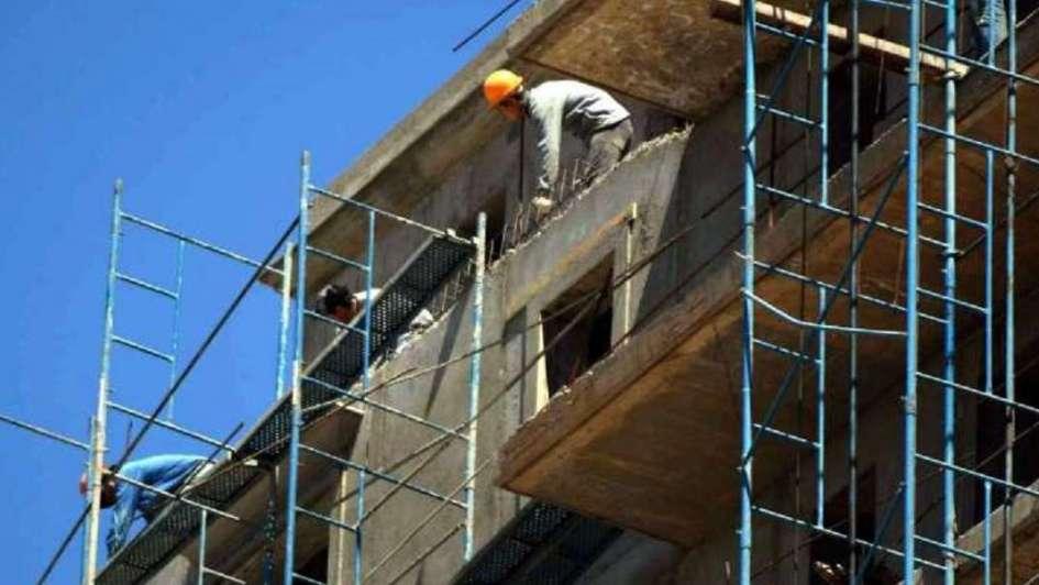 La industria creció 5,3% en febrero y la construcción 16,6%