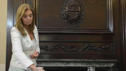 Laura Montero preside el Senado.