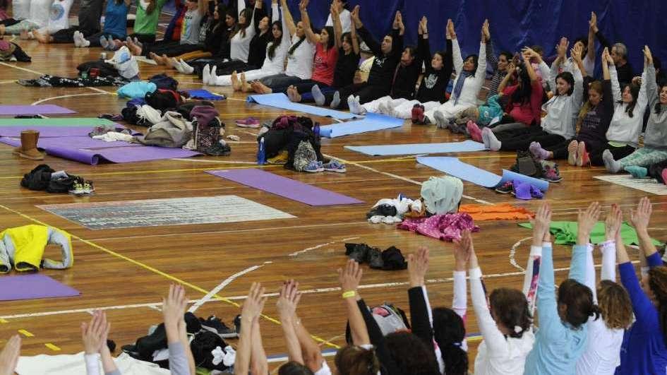 Por decreto oficial, Mendoza declara de interés el Día Internacional del Yoga