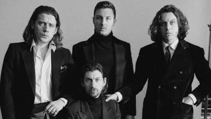 Arctic Monkeys anunció el lanzamiento de su sexto disco