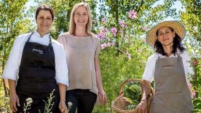 Detrás de la cocina consciente, Emilce Astorga, Caroline Look y Marisol Cortez, a cargo de una huerta orgánica en el Valle de Uco.