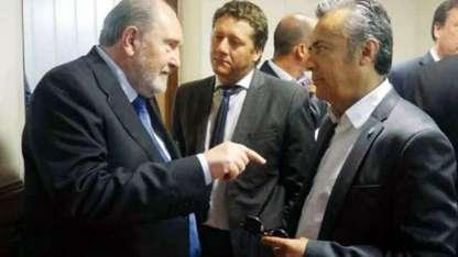 Los gobernadores Verna y Cornejo sostienen una dura puja por Portezuelo y el Atuel.