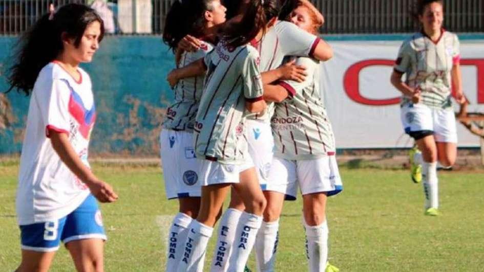 Fútbol femenino: partidos intensos y goleadas en la tercera fecha