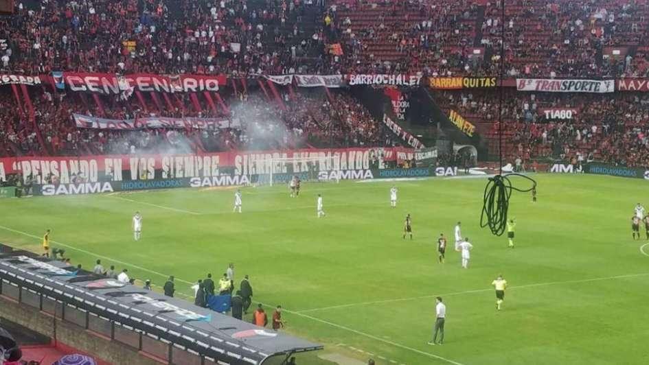 Se reanudará el partido entre Colón y Vélez, pero sin público