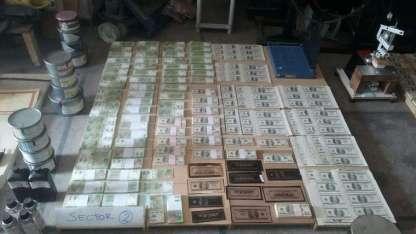 Hallaron 1.600.705 dólares apócrifos, 5.706.500 pesos también falsos.