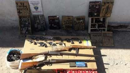 Investigan si el detenido tiene relación con el hallazgo de otras armas, incautadas en el Campo Papa.