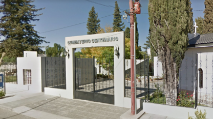 El cementerio Centenario de Neuquén está en el ojo de la tormenta.