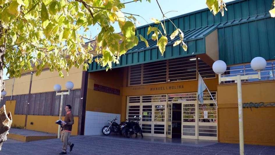 Un festejo escolar en San Rafael terminó en escándalo y 21 alumnos en la comisaría