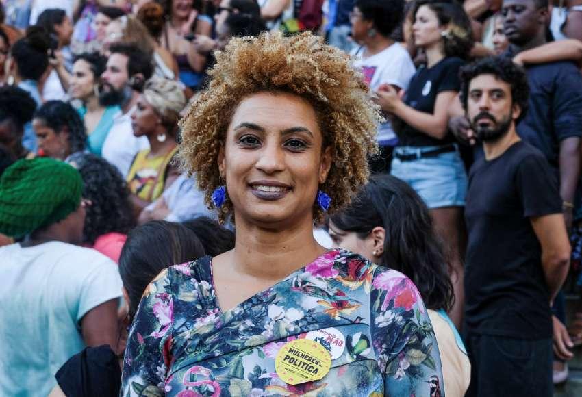 Los brasileños exigen justicia un mes después del asesinato de concejala
