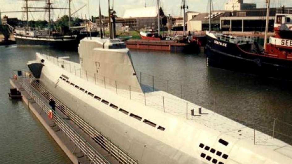 Hallaron los restos de un excéntrico submarino nazi que podía navegar hasta Sudamérica