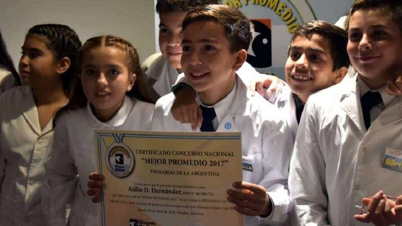 Atilio: el niño mendocino elegido mejor alumno del país