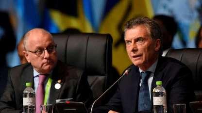 El mandatario se encuentra en Perú participando de la VIII Cumbre de las Américas.