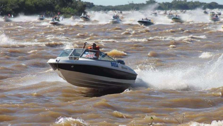 Fiesta del surubí: Corrientes busca obtener un récord Guinness en 5 noches de pesca