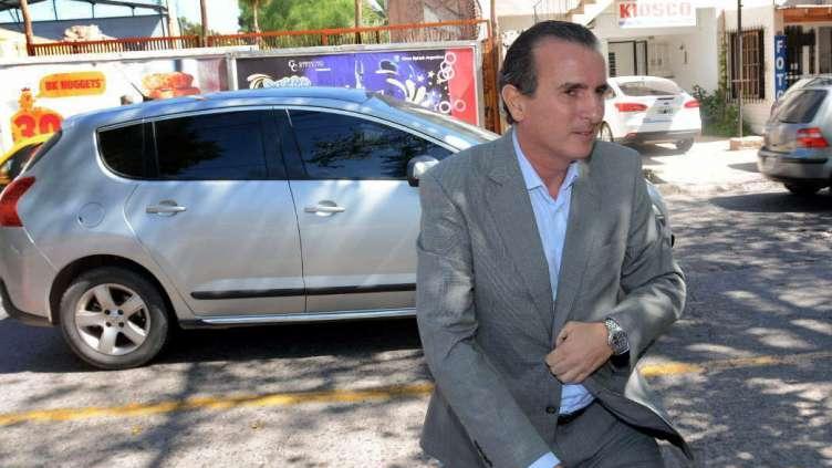 Jugada para mantener a Pérez en el banquillo de los acusados