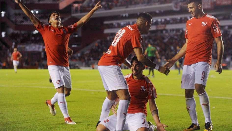 Independiente le ganó a Boca y lo festejó el Tomba