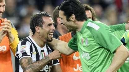 Buffón y Tevez compartieron plantel en la Juventus.