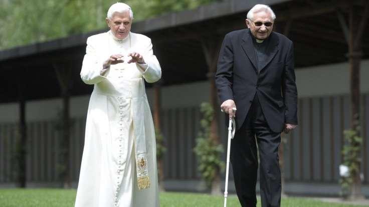 El papa emérito Benedicto XVI cumple 91 años y celebra con su hermano Georg